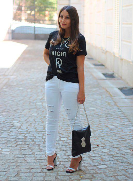 25 Ideas para lucir jeans blancos de manera correcta sin morir en el intento