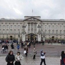 LONDEN - Buckingham Palace besteedt vanaf vrijdag bijzondere aandacht aan de koningen George I en George II. Zij luidden een nieuw tijdperk in de Britse geschiedenis in, ook wel de 'stille revolutie' genoemd waarin Groot-Britannië tot grote bloei kwam en kon worden beschouwd als 's werelds meest liberale, commerciële en moderne maatschappij.