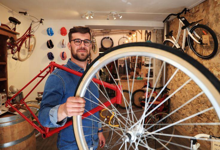 Chez Monsieur Pignon Madame Guidon, on peut faire fabriquer son vélo sur mesure