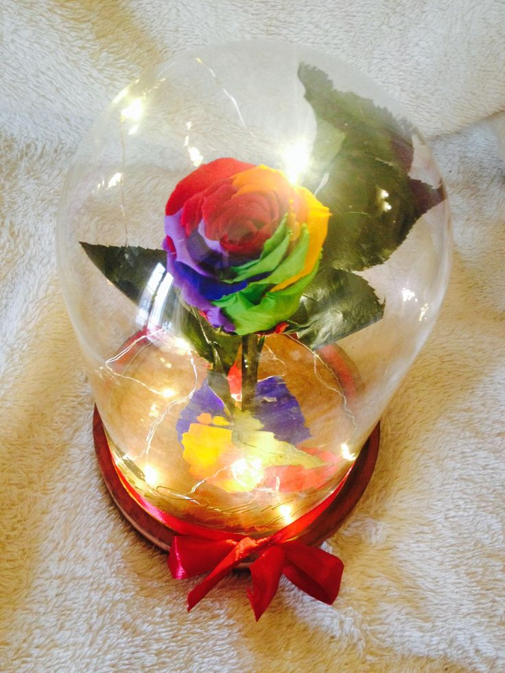Deluxe Forever roses Rainbow örök rózsa világító üvegbúrában:Ár:18.900Ft