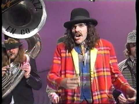 Normaal - Oh wat n strop (1985) - YouTube