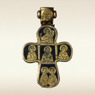 КРЕСТ-МОЩЕВИК НАПЕРСНЫЙ XIV – первая треть XV века Серебро; литье, резьба, золочение, чернение