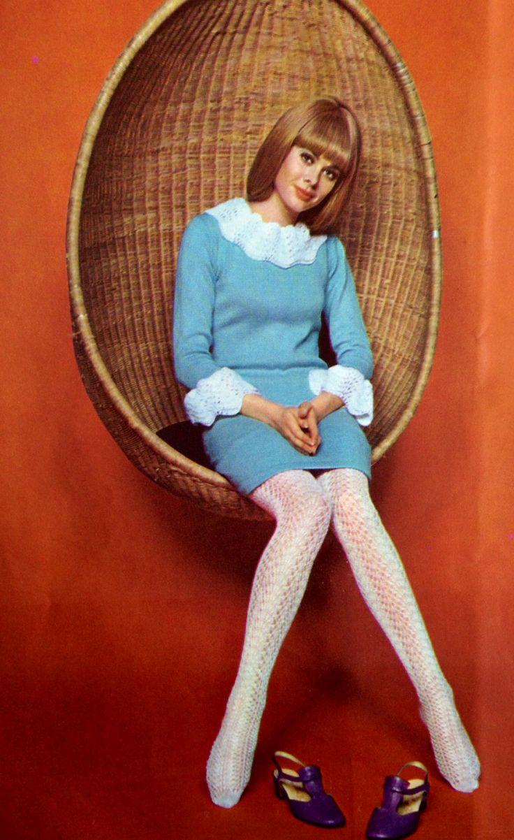 Vogue 1967 baby blue mini dress white collar cuffs tights