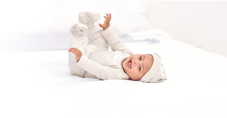 Shop for cute baby, toddler & kids shoes online at Carters.com. Get adorable shoes for your little one from the trusted name in baby & kids clothes.