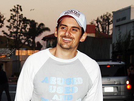 Brad Paisley Keeps a Restaurant Open Late Just for Him & Pals