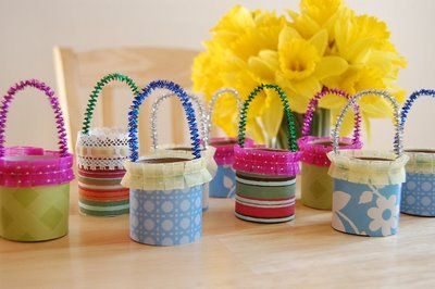 toilet paper roll baskets (May day, Easter, etc)