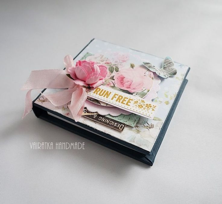Kobiecy notesik – Notesy - kolor: lilla, szaroniebieski, wymiary: 10x10 cm – Artillo