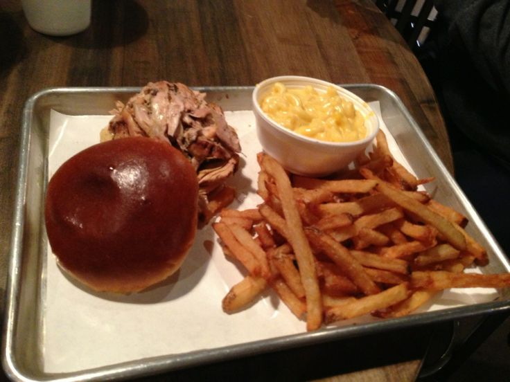 Hickory Pit Bar-B-Que in McHenry, IL