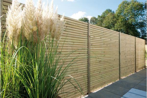 Hillhout | Treillage, clôtures et occultation | Retrouvez l'ensemble des produits de la marque dans notre jardinerie.