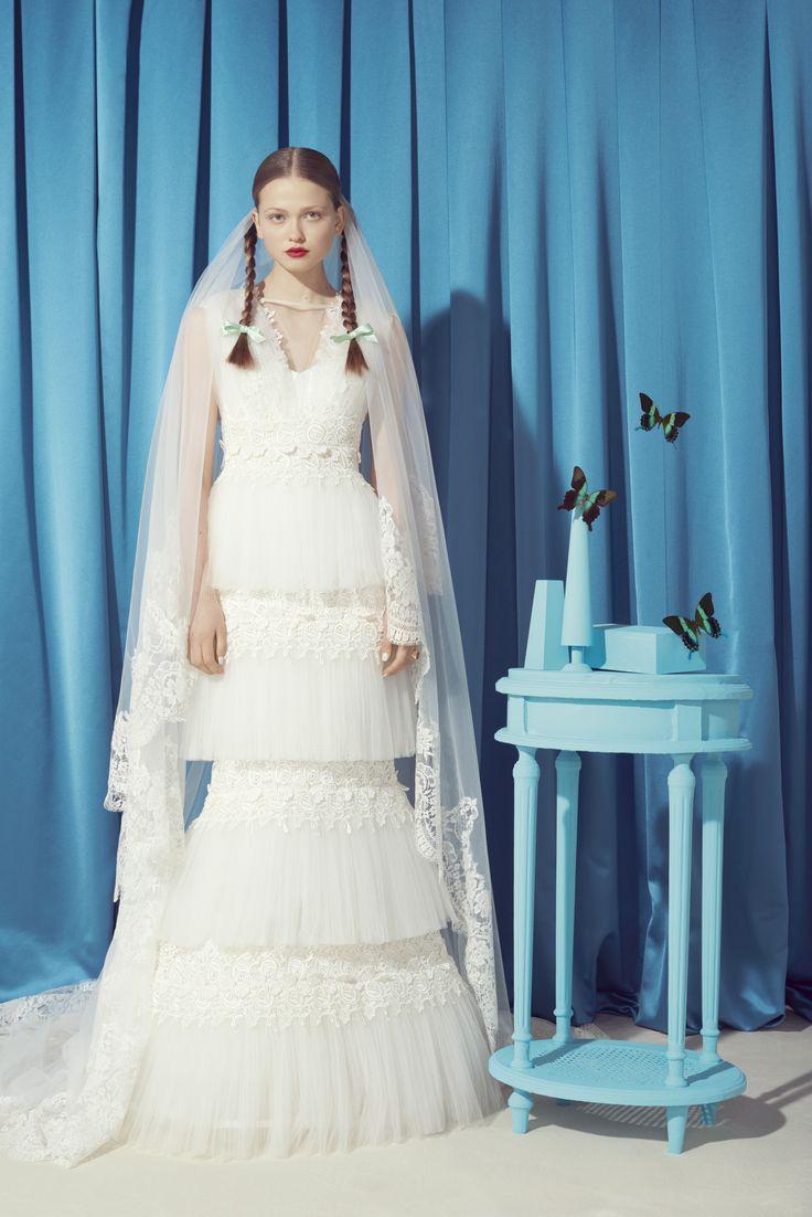 photographer Kourtney Roy, fashion editor Georgia Tal, VOGUE Sposa ...