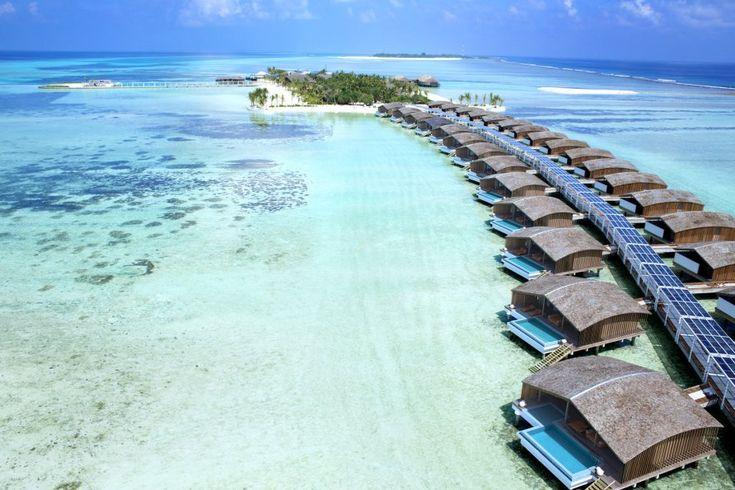 Отель на солнечных батареях на Мальдивах