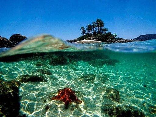 Angra dos Reis, Rio de Janeiro e suas belas águas cristalinas. #Brasil