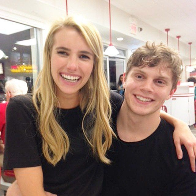 Emma Roberts and Evan Peters got cute at In 'N Out Burger.