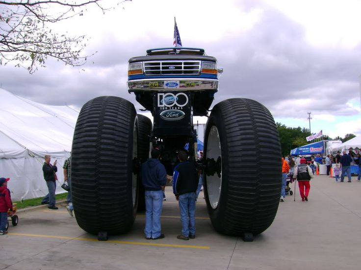 Image Gallery Tallest Truck