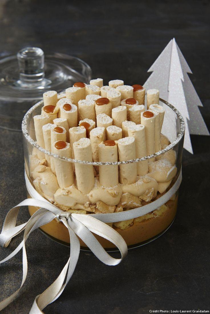 Forêt de meringues 100% Caramel-forêt de bûchettes piquées sur une neige de chantilly au caramel façon trifle…