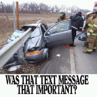 texting and drinking while driving Studies continually show that distracted driving is as dangerous as drunk driving while most of us wouldn't even consider getting behind the wheel after a drink or two, many americans (both teens and adults) admit to texting while operating a vehicle.