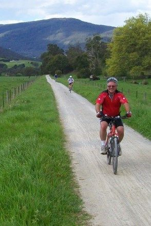 A 100km bike path into Melbourne is nearing completion: http://cycletraveller.com.au/australia/news/victoria-completing-100km-bike-trail-from-melbourne-to-warburton