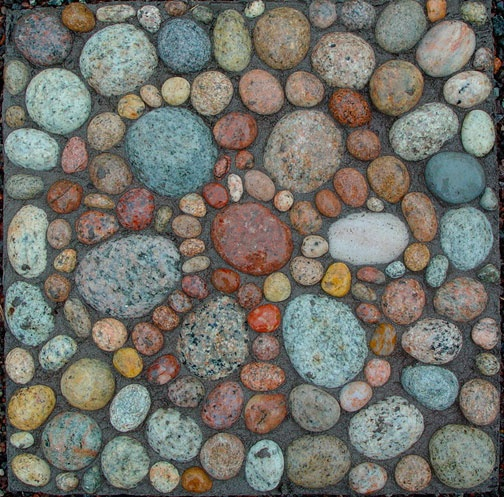 Mosaic Stone Cement : Stone mosaic in concrete stepping ideas for our
