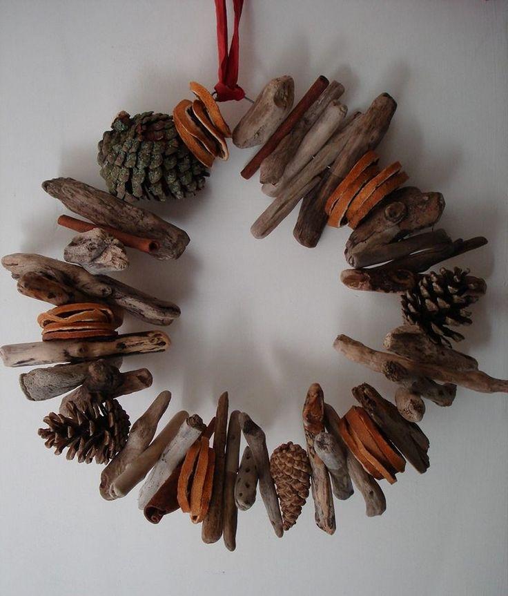 couronne de Noel en bois flotté et tranches d'orange séchées