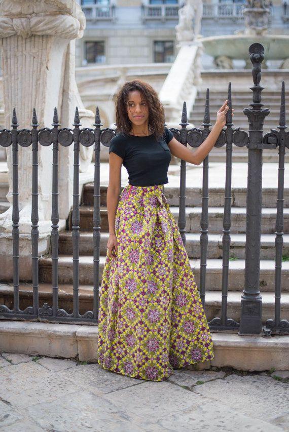GONNA LUNGA DONNA, ampia e con pieghe, realizzata con stoffa africana originale. disponibili in varie taglie, standard e personalizzate. Le stoffe