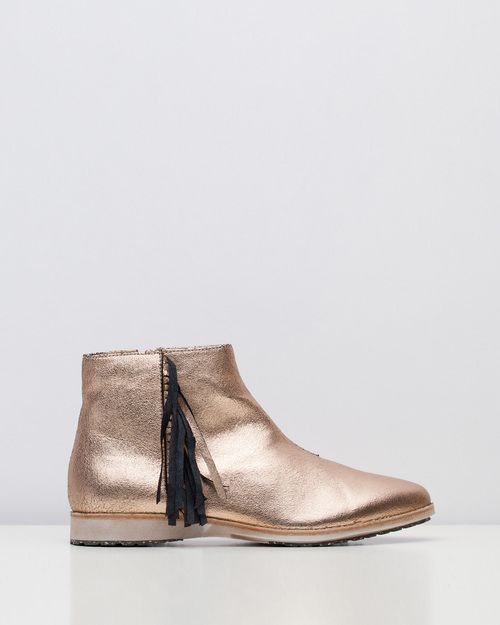 Rollie boots
