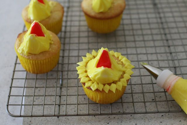How to Decorate Sesame Street Cupcakes - I'm sure I'll be asked to make these at some point in time...