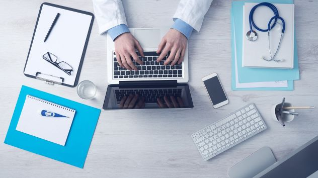 Medicine Answered: Medical School Courses   Medicine Application Guides