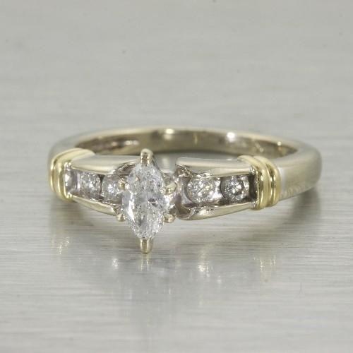 diamond engagement rings at pawn shops 20 - Pawn Shop Wedding Rings