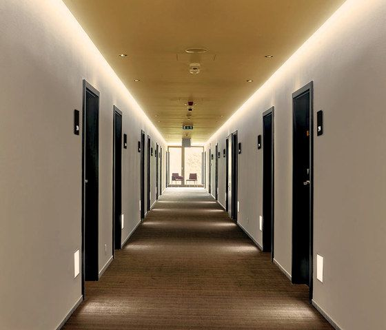 17 Best Ideas About Hotel Corridor On Pinterest