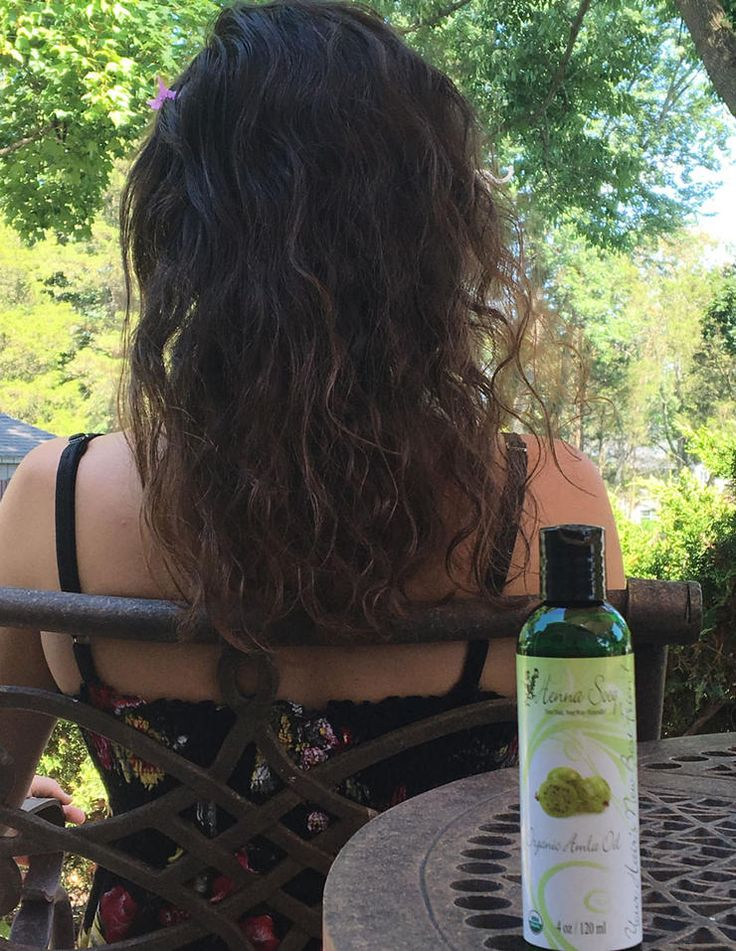 New to hair oiling? Discover the right oil for your hair type - check out what happened when this writer tried putting 7 different oils in her hair!
