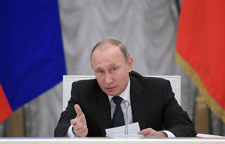 Путин пригрозил уволить чиновников, ставших академиками РАН    23 ноября, 15:19 дата обновления: 23 ноября, 17:13   http://tass.ru/politika/3807067