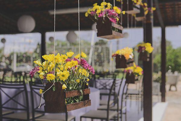 Jardineiras suspensas. Casamentos Reais | Sabrina + Emerson