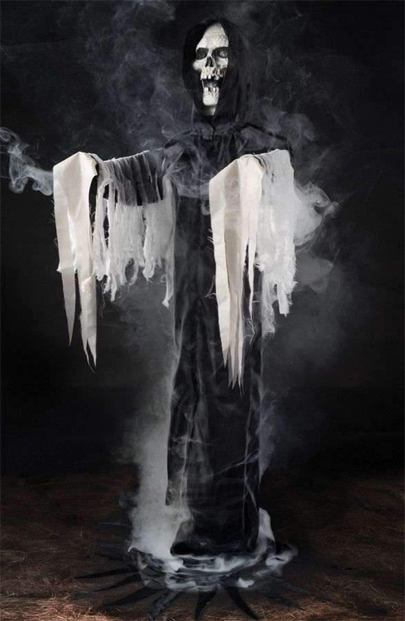halloween prop reaper fogger phantom in blackvery spooky looking injection frame with wire - Halloween Prop