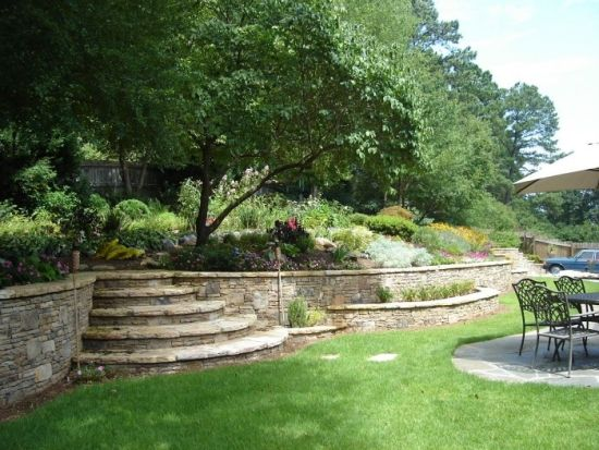Mauer Hangbefestigung Ideen für Gartengestaltung
