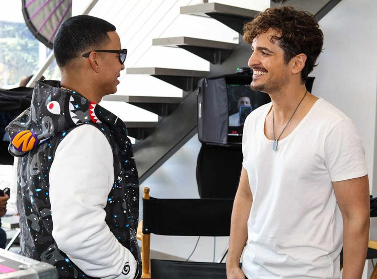 Tommy Torres and Daddy Yankee Premiere Music Video Tu y Yo | E! News