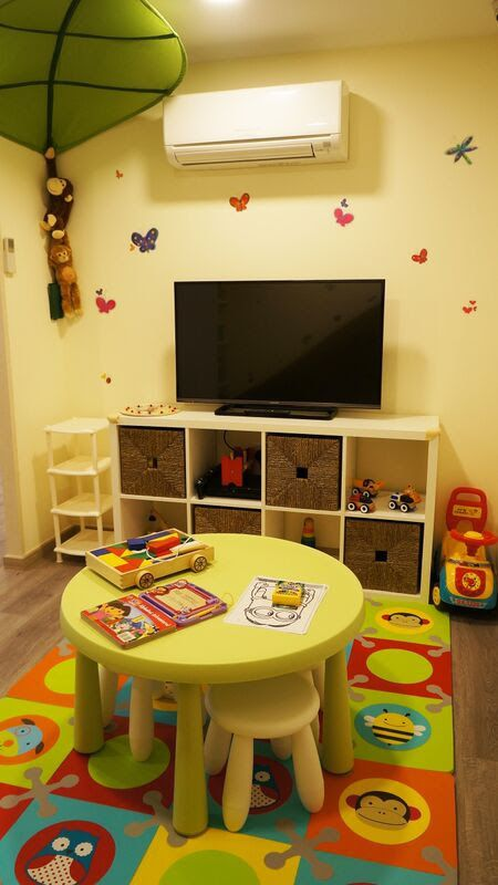 Kid friendly dentist at Serangoon Gardens. Nuffield Dental Clinic provides a designated children's play zone in the waiting area. Nuffield Dental Clinic at Serangoon Gardens, Kovan, Simpang Bedok & Siglap are Baby Bonus Accredited.  #NuffieldDental Clinic Singapore are open all days of the week and provide same day appointment for dental emergency.  To book your appointment, call  Nuffield Dental Serangoon Gardens - 6280 7909