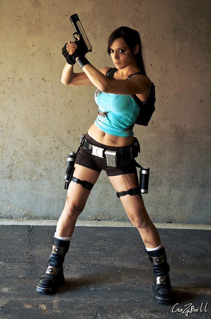 DIY Tomb Raider Lara Croft Halloween Costume Idea
