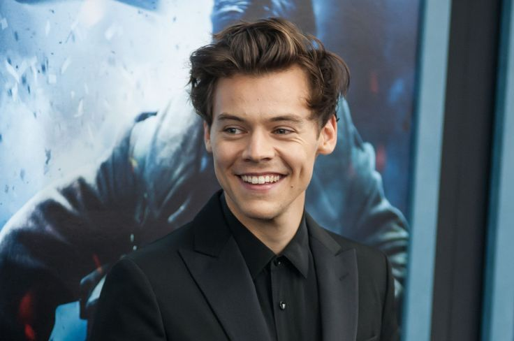 """It's official: everybody is wild about Harry! Harry Styles has just made history as the first person ever to have a debut album (his self-titled """"Harry Styles""""), single (""""Sign of the Times"""") and movie (""""Dunkirk"""", in which he makes his acting debut) premiere in the #1 spot. RELATED: Science Confirms Harry Styles Is Handsome (But Not…"""