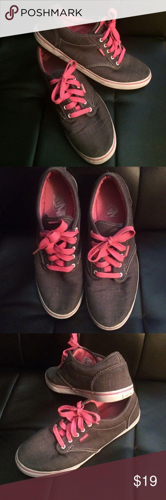 ⚡️weekend Sale ⚡️was $20 Gray/pink Vans Cute gray and pink Vans, gently worn, women's size 9, very comfortable Vans Shoes Sneakers