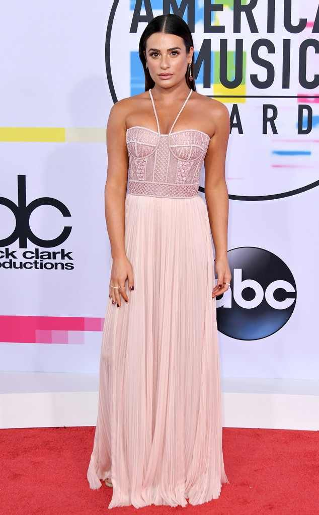 <p>Bronzed and beautiful! The <em>Scream Queens</em> star serves Grecian goddess vibes in her light pink gown.</p>