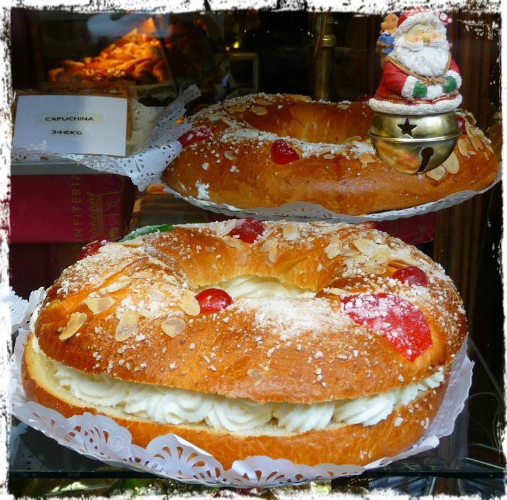 Madrid. Roscones de Reyes, a 'La Mallorquina', Puerta el Sol.