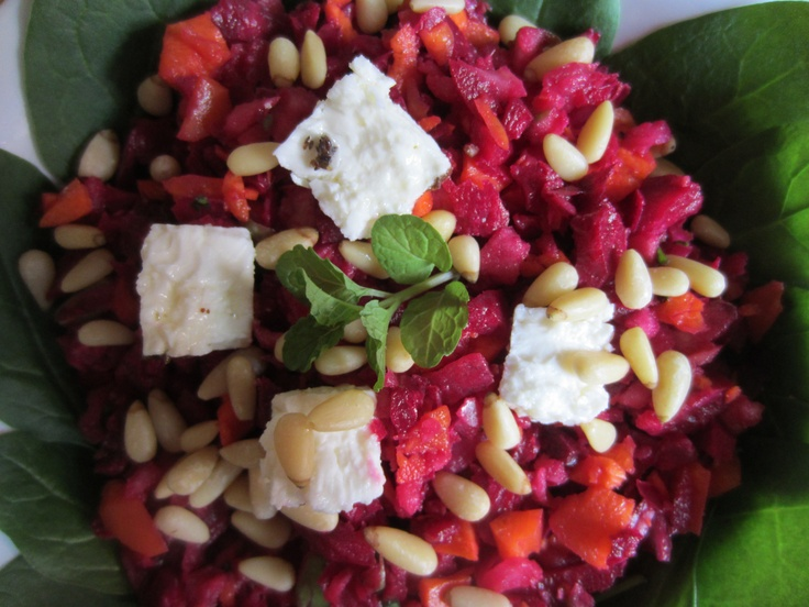 A refreshing salad - take some ginger and parsely, some raw beetroot, carrot, apple and onion, add some lemon juice and olive oil, salt and pepper to taste - chop for 3 - 4 seconds and wallah ! a tasty, healthy lunch. Optional ~ add some pinenuts and fetta !