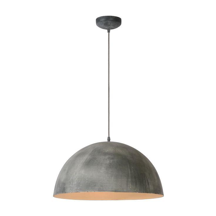 De Lucide Mattie hanglamp geeft een stoere boost aan je interieur! De kap heeft een toffe look van geborsteld staal, perfect voor een industrieel interieur. Geef hem een prominent plekje in de woon- of eetkamer en geniet van een mooi, sfeervol licht!