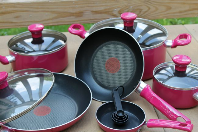 T-fal launches the T-fal Excite Non-Stick Cookware Set in Berry and Stainless Steel. Enter to win a T-fal 7-in-1 Multi-Cooker & Fryer.