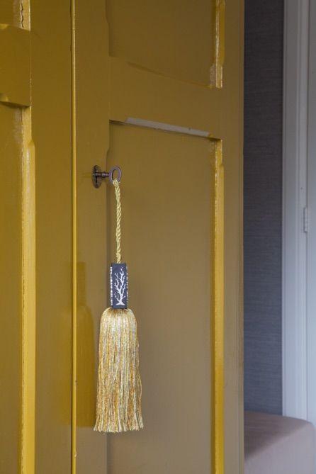 Interiordesign - Evelijn Ferwerda #mustard #senf #tassel Karin Sajo