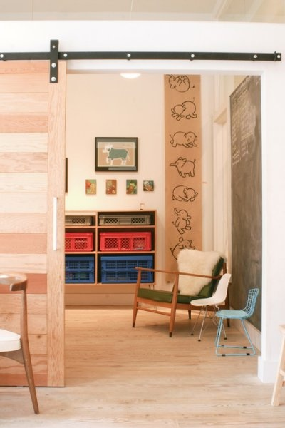 DIY: How to turn your basement into a playroom | sliding separation wall