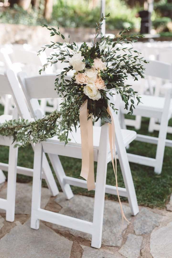 Photo: Anna Delores Photography; wedding ceremony idea