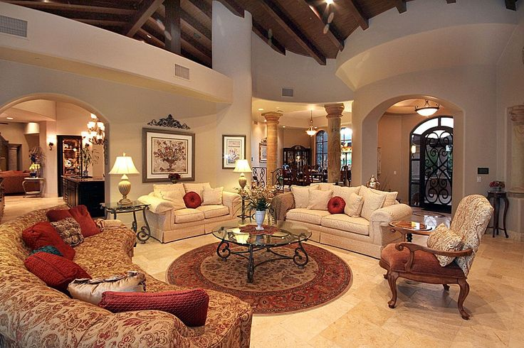 Traditional Living Room Found on Zillow Digs