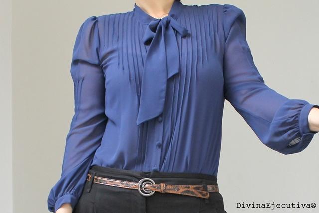 Basement Blusa de gasa azul