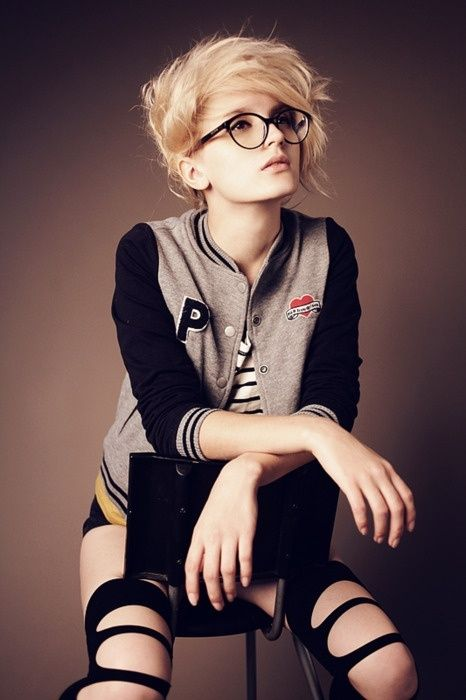 Short Hipster Hair on Pinterest | Short Indie Hair, Short Grunge ...